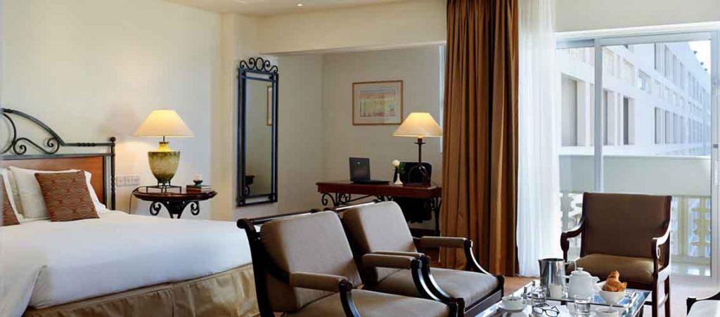 r servez votre s jour l h telhilton cyprus chypre reservation logements vacances h tels. Black Bedroom Furniture Sets. Home Design Ideas