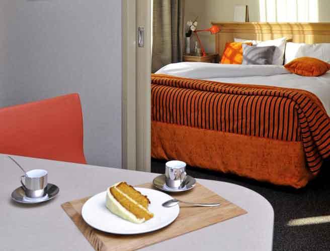 Aparthotel adagio la d fense esplanade reservation for Aparthotel adagio espagne