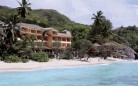 COMBINÉ 2 ILES : MAHÉ + PRASLIN Double Tree by Hilton – Allamanda Resort & Spa + The Oasis Hotel Restaurant and Spa 12 nuits ***
